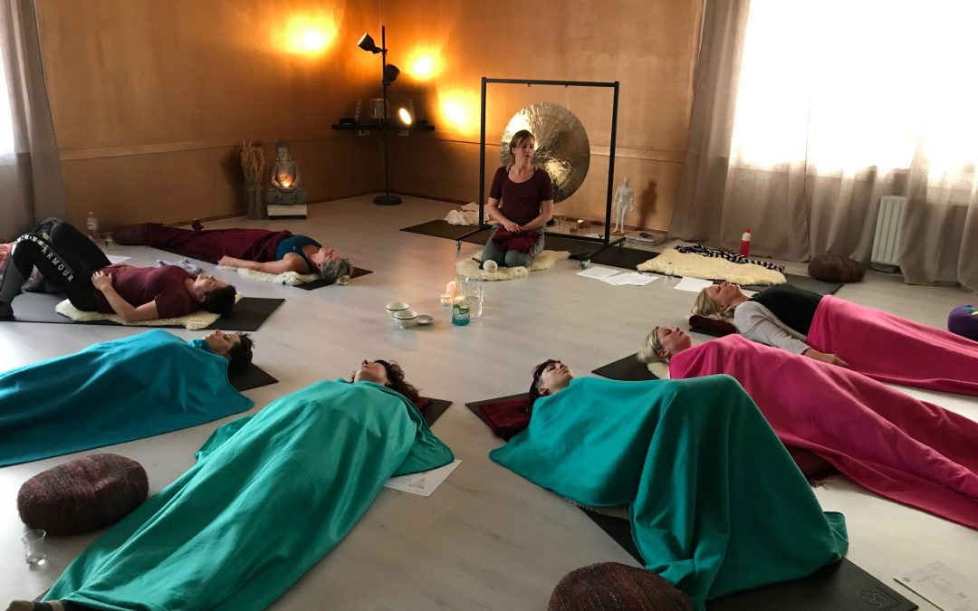 Shiatsu massage en Kundalini Yoga combineren